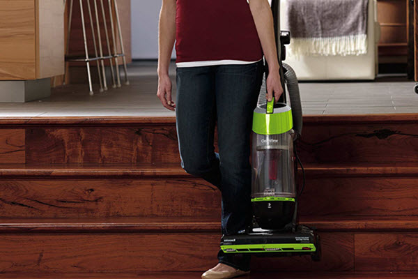 Bissell CleanView Bagless Upright Vacuum 95957
