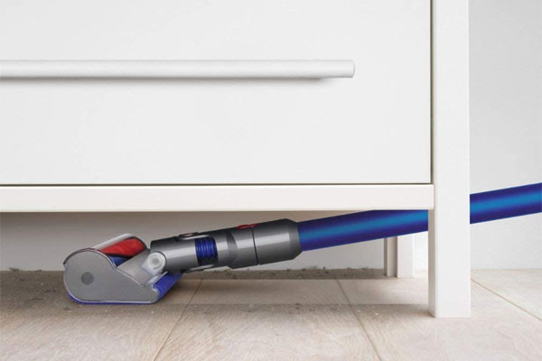 Side View of Dyson V7 Fluffy Cordless Vacuum